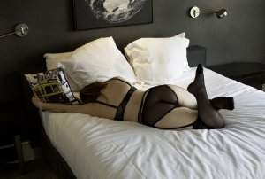 Tina independent escort