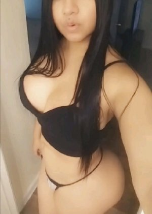 Iolanda escort in Southgate Michigan